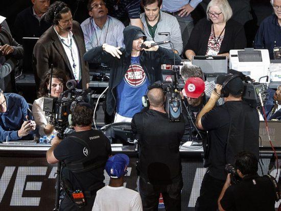 Eminem на игре Detroit Pistons на стадионе Little Caesars Arena 18.10.2017