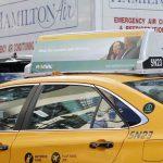 Реклама «Revival» также замечена на машинах такси