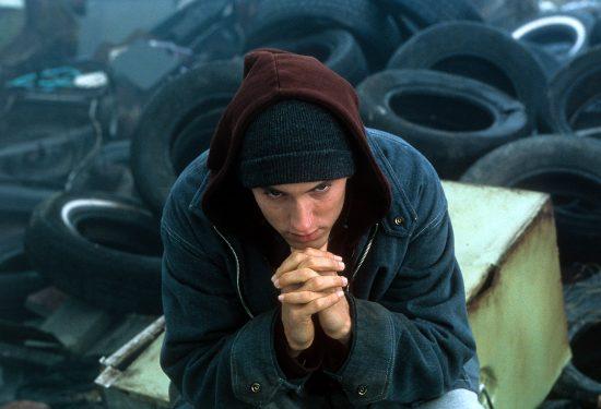 Ровно 15 лет назад во всех кинотеатрах Соединенных Штатов начались показы «8 мили», фильма, который принес Эминему статуэтку «Оскар», а хип-хоп индустрии своего нового героя. Читайте наш специальный авторский материал.