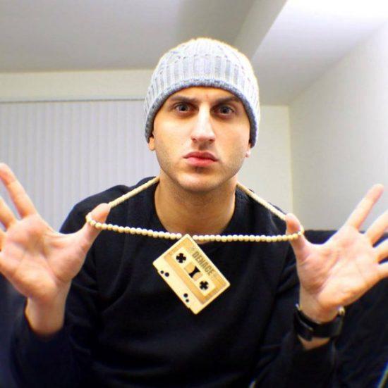 Eminem о Nasty: «Вау, кто бы это ни был, он реально звучит как я. Но это не я»
