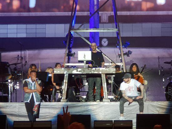 Во время концерта Эминема на Firefly Music Festival 2018 работал сурдопереводчик