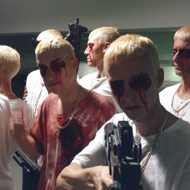Актеры из России рассказали ePro о своём опыте съёмок в клипе Pink и Эминема «Revenge», который так и не был выпущен