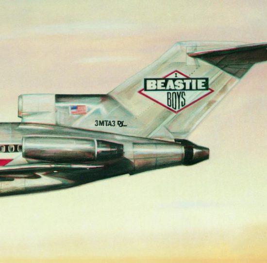 Обложка десятой пластинки Эминема очень похожа на обложку альбома «Licensed to Ill» легендарной группы Beastie Boys