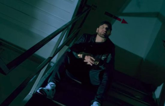 Клип на сингл «Fall» с альбома Эминема «Kamikaze» преодолел первый миллион