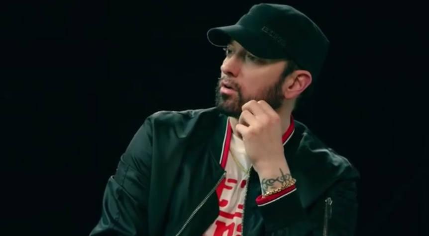 Интервью о «Kamikaze»: Eminem собирается ответить MGK на дисс!