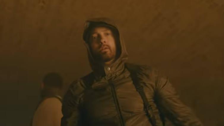 Клип Eminem'а Joyner Lucas и на сингл «Lucky You» преодолел планку в 20 млн. просмотров