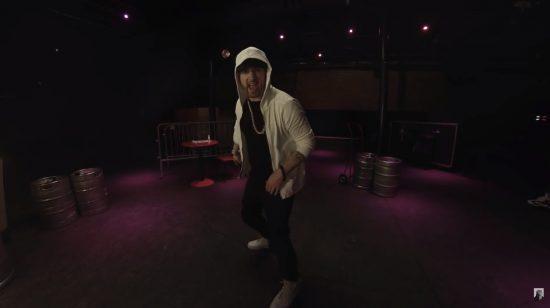 """[Мировая премьера] Eminem выпустил новый фристайл """"Kick Off"""""""