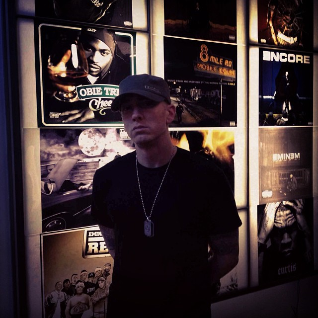 Shady Records Eminem 2 НОЯБРЯ 2013 Г.