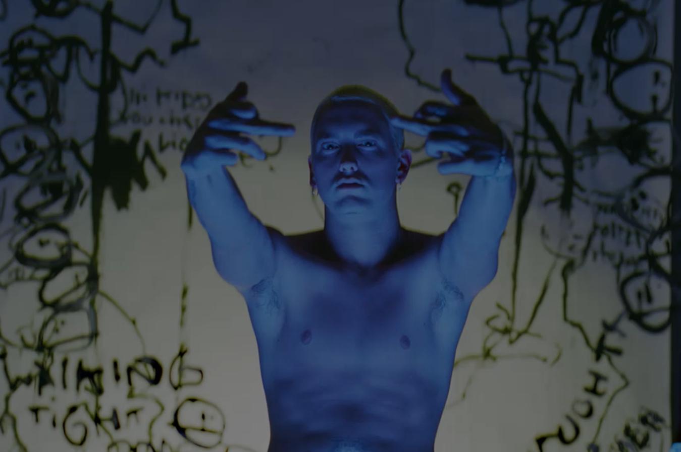 Юбилейная капсульная коллекция в честь 20-летия альбома «The Real Slim Shady LP» выходит в пятницу