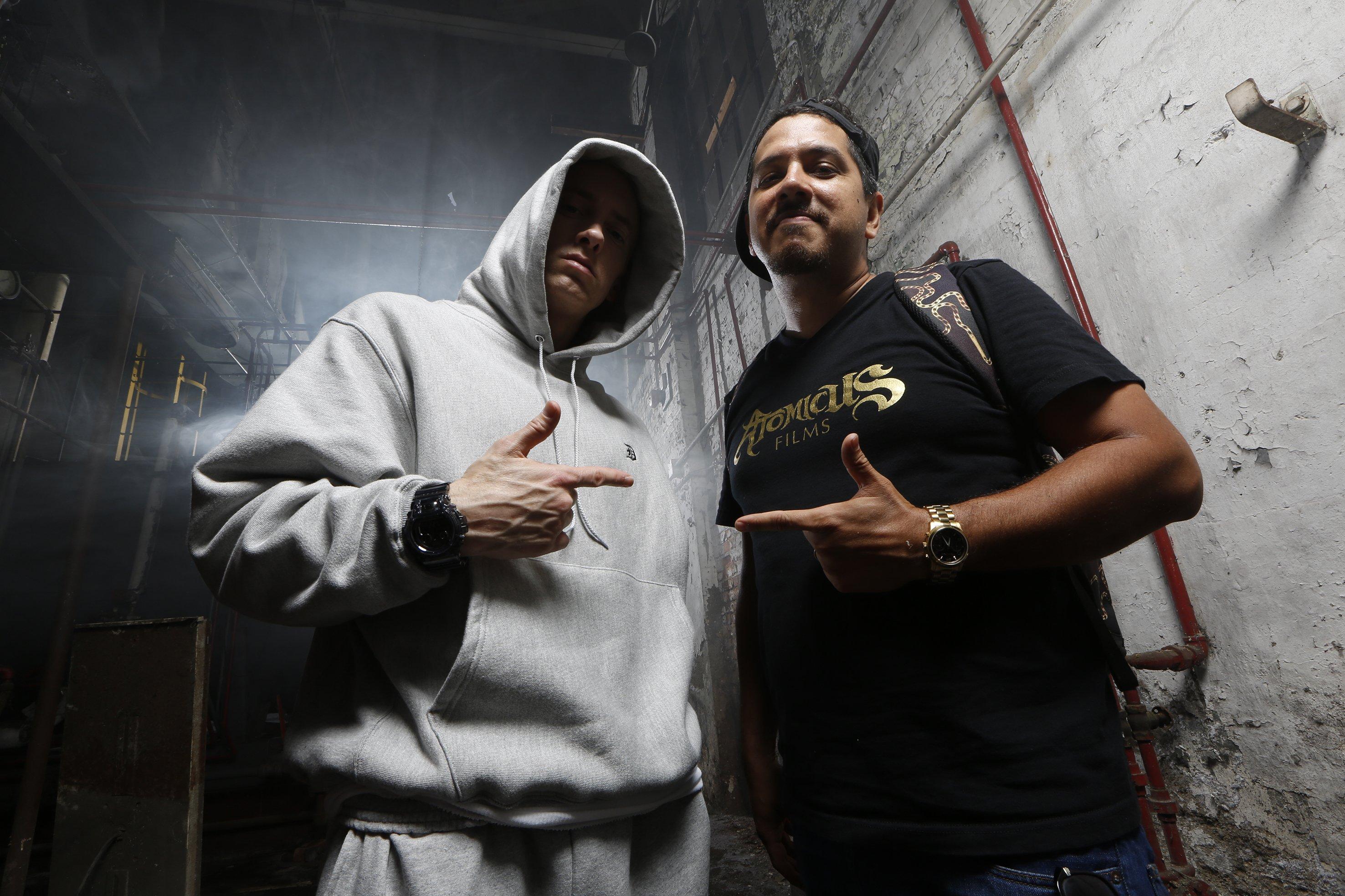 Eminem и Danny Hastings во время фотосессии для кавер-стори журнала Complex, 2013-й год