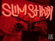 Распаковка неонового светильника «Slim Shady» из капсульной коллекции к 20-летнему юбилею «The Slim Shady LP»