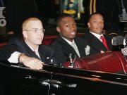 """Эминем, 50 Cent и Dr. Dre на """"Shady National Convention"""" перед запуском Shade 45, новой спутниковой радиостанции в """"Roseland Ballroom"""", 28, 2004 октября, Нью-Йорк. (Фото - Франк Миселотта)"""