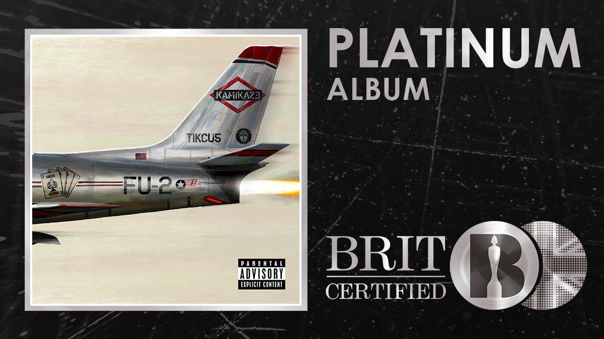 Альбом Эминема «Kamikaze» получил платиновый статус в Великобритании