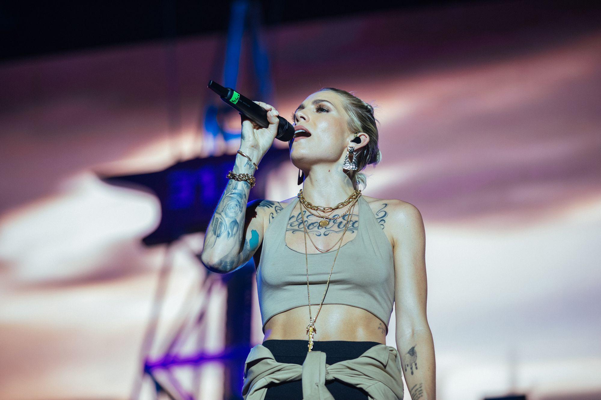 Skylar Grey Eminem Live at Abu Dhabi 25.10.2019, Photo - Jeremy Deputat